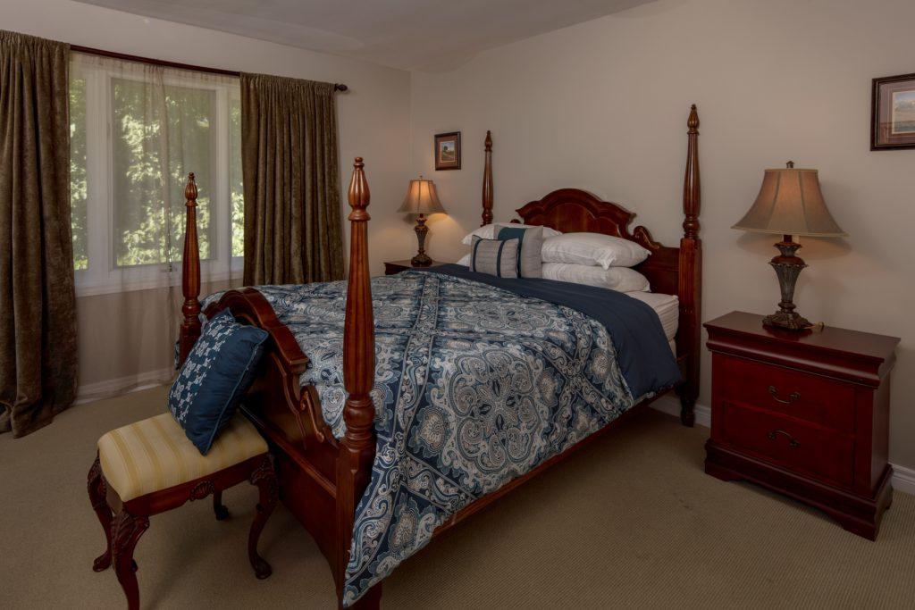 GuestHouseBedroom1